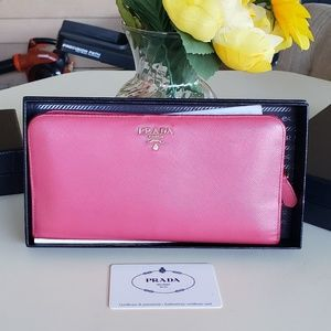 Authentic prada insolote long wallet